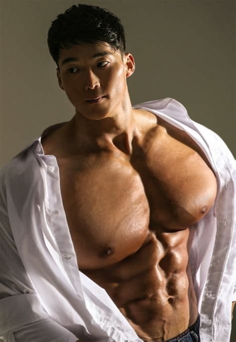 The RoidedBear Collection: Massively Roided Muscle