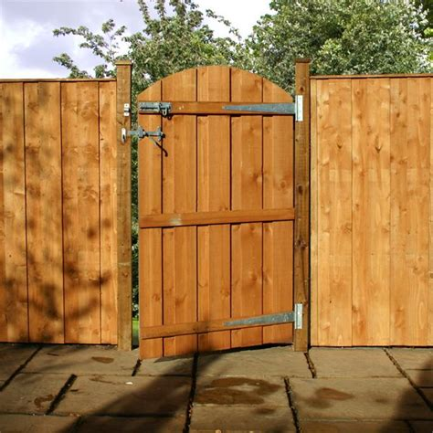 garden fences and gates garden fence gate smalltowndjs com