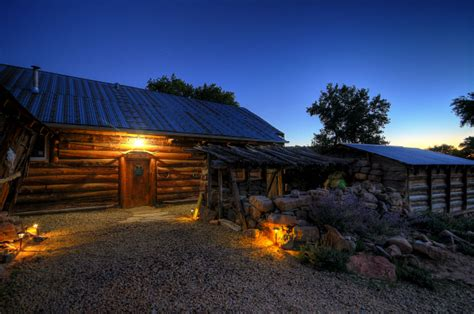 mesa verde national park lodging cortez  vacation rentals canyon   ancients guest ranch