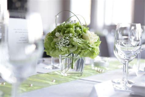 Blumen Hochzeit Dekorationsideenblumen Hochzeit In Weiss by Hochzeitsdeko Blumen Zur Hochzeit Dekoideen Zur Hochzeit