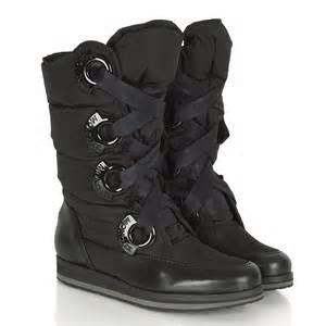 Women's Black Snow Boots