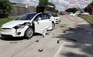 Tesla Modèle X : tesla model x driver shares unbelievable story of dea plane crashing into car ~ Medecine-chirurgie-esthetiques.com Avis de Voitures