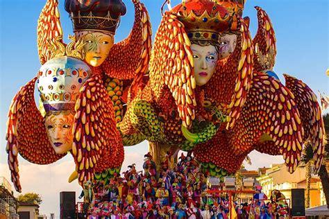 Ingresso Carnevale Viareggio Carnevale Ultimo Giorno Per La Vendita Dei Biglietti