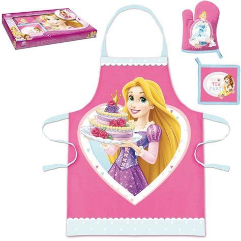 cuisine princesse disney princess le coffret mon coffret petit cuisinier