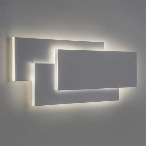 luminaire mural chambre astro lighting astro edge 560 modern minimalist led wall
