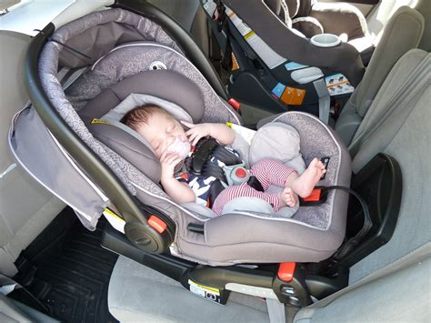 Child Safety Seats Recommended To Be Rear-facing Until Age