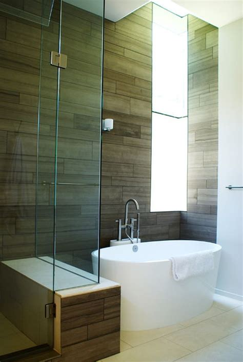 Pictures Of Small Bathrooms With Tub And Shower by Choosing The Right Bathtub For A Small Bathroom