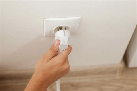 how to wire a 230 volt electrical outlet hunker