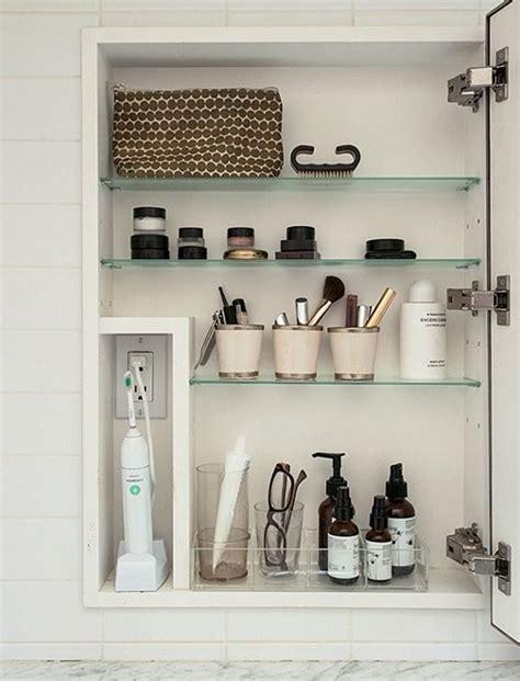 bathroom cabinet organization ideas 25 best ideas about toothbrush storage on