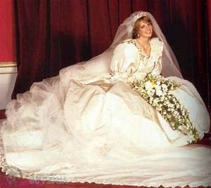 princess diana39s wedding dress designed by elizabeth and With diana wedding dress