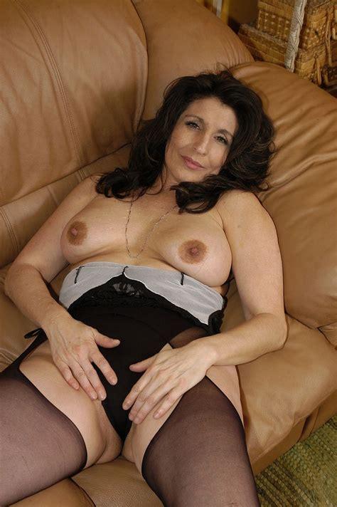 Sexy Lesbian Mature Ladies Enjoying Their Hot Sex Pichunter