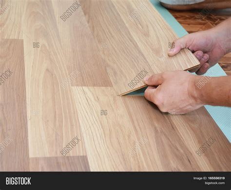 step by step laminate flooring installation laminate flooring installation installing wooden laminate flooring step by step stock photo