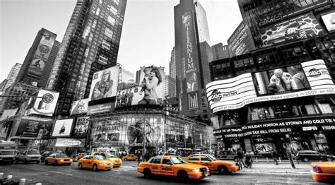 new york taxi b w yellow panoramic picture on modern box canvas 20 quot x 36 quot ebay