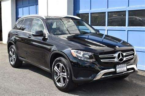 As the entry model in the glc range the 300 comes with a 2.0l turbo that drives the rear wheels. 2016 Mercedes-Benz GLC GLC 300 4MATIC AWD 4dr SUV - Ideal Auto USA
