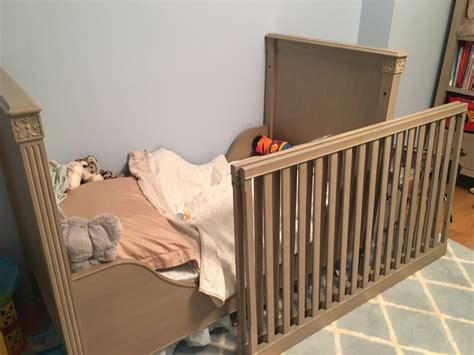 restoration hardware crib letgo restoration hardware crib w bed c in new york ny
