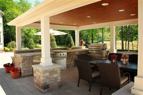 Outdoor Entertainment Area With Tv Enclosure Google