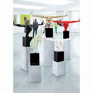 Deco Multicolore : statue d co gymnaste multicolore ~ Nature-et-papiers.com Idées de Décoration