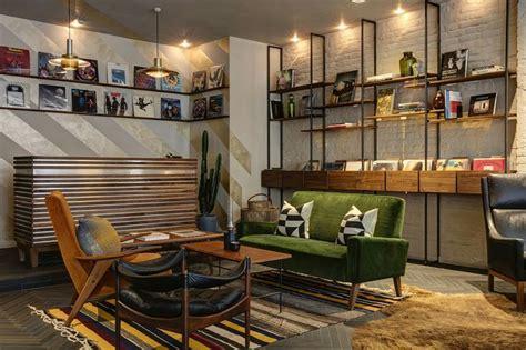Descubra a melhor gama em armaduras led na brico depôt. Design-led concept store Clerkenwell London * Interiors * The Inner Interiorista   Estilo ...