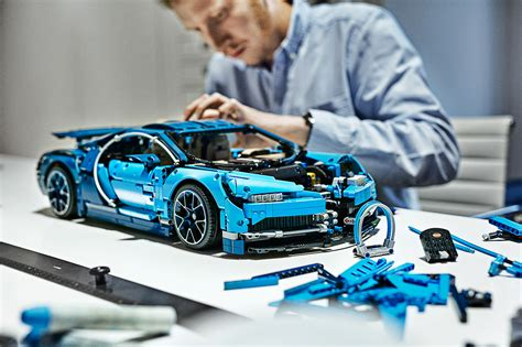 This exclusive model has been developed in partnership with bugatti automobiles s.a.s to capture the essence of the quintessential super sports vehicle, resulting in a stunning supercar replica as well as. 42083 LEGO Technic Bugatti Chiron-16 | The Brothers Brick ...