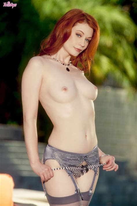 Justine Joli Hot Redhead Shows Perky Tits In Stockings