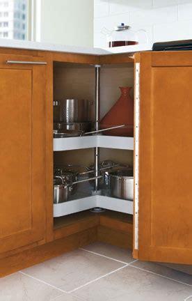 base lazy susan cabinet aristokraft cabinetry