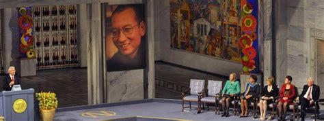 symbolique de la chaise chine atteint d 39 un cancer le prix nobel de la paix liu