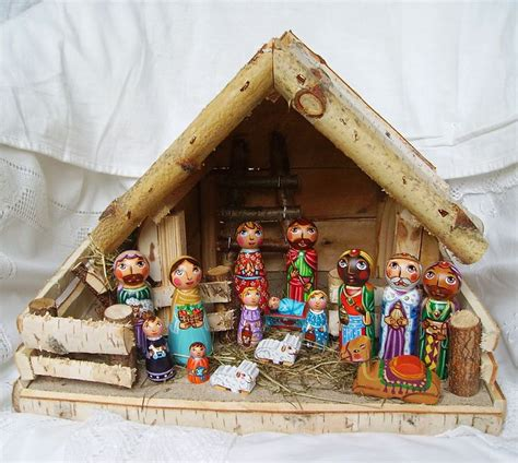 jesus christmas crib statue set buy 25 best images about nativity sets crib creche holy family jesus