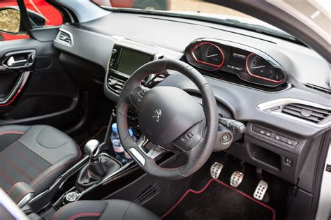 peugeot  gt   compact suv   review