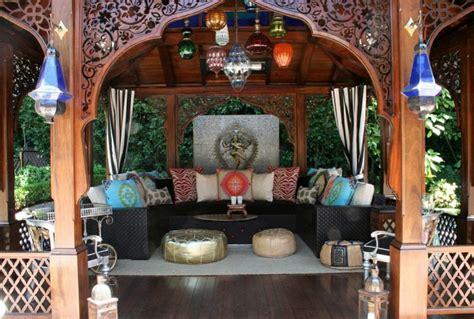 canap marocain toulouse le canapé marocain qui va bien avec votre salon archzine fr