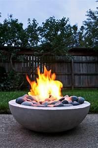 Feuerstelle Für Terrasse : feuerstelle im garten sammeln wir uns doch ums feuer im garten herum ~ Frokenaadalensverden.com Haus und Dekorationen