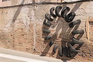 Salvaged tires interaction with urban architecture art for Salvaged tire installations pneumatic