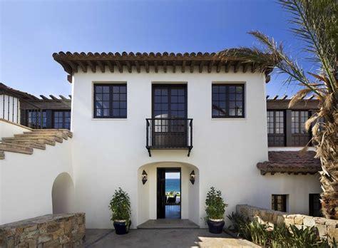 stucco windows exterior mediterranean   spanish