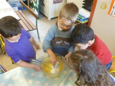 atelier cuisine maternelle atelier cuisine avril et anniversaires en maternelle