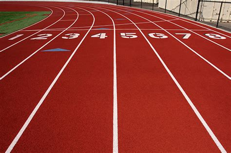 Running-Track-Credit-iStockphoto-92130229