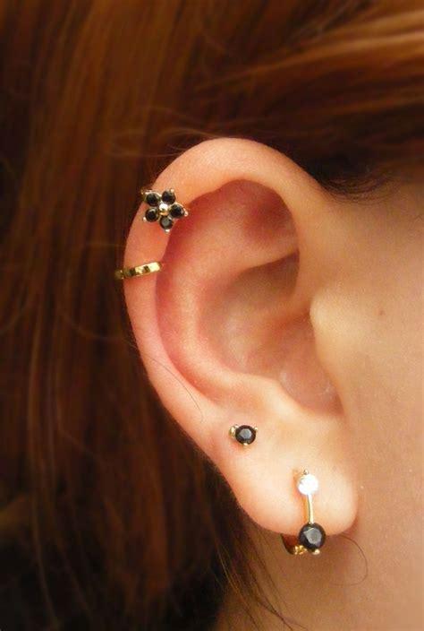 32 Cool Double Cartilage Piercing Ideas - Buzz Hippy