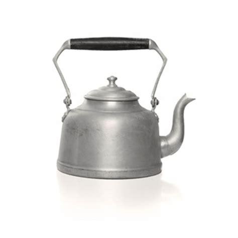 cuisiner avec une bouilloire bouilloire vecteurs et photos gratuites