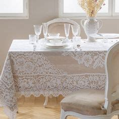 tischdecke und serviette mit gartenprint tischdecken servietten tisch zara home