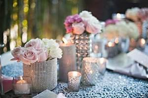 Deko Vasen Mit Blumen : silvester tischdeko f r einen zauberhaften abend ~ Markanthonyermac.com Haus und Dekorationen