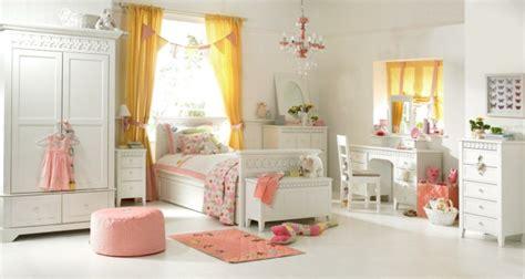 Gardinen Für Mädchenzimmer by M 228 Dchen Kinderzimmer 33 Zeitgen 246 Ssische Zauberhafte