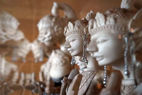 ritz carlton bali hotel nusa dua indonesian culture
