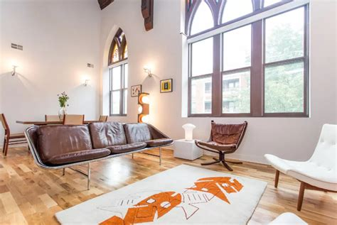 12 One-of-a-kind Airbnbs You Need To Stay In