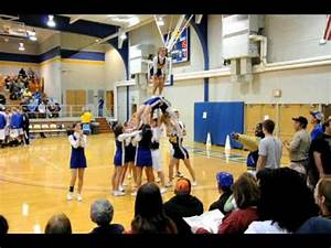 Awesome Cheerleading Stunts - Standing On Stomach