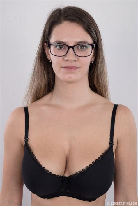 Cute Babe Beauty Casting