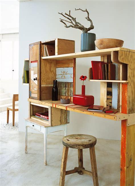 bureau planche un bureau en planches de récup