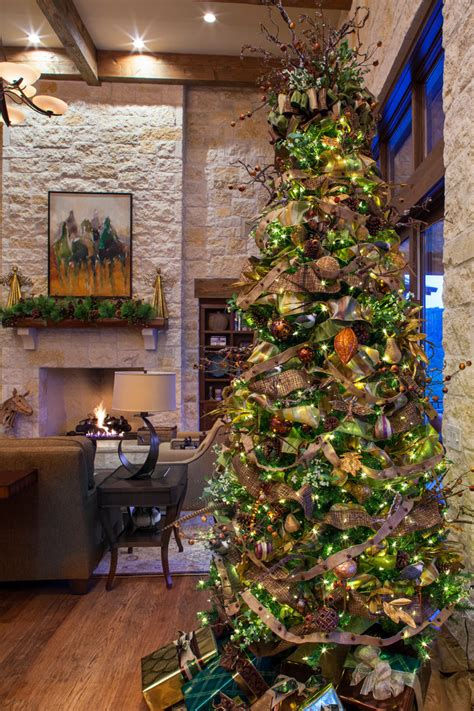 Flocked Christmas Tree for Farmhouse Living Room with Texas Hill Country   beeyoutifullife.com