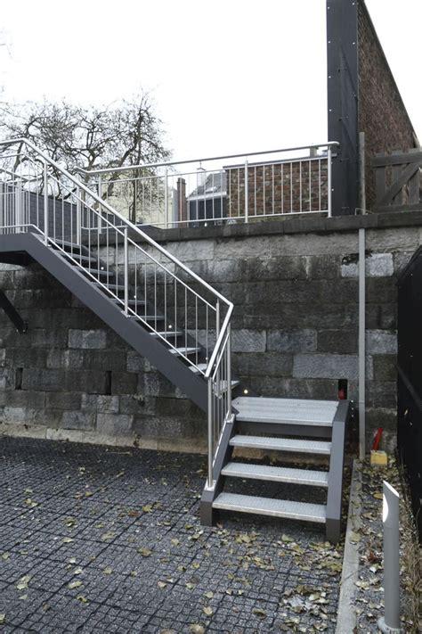 escalier quart tournant marche en m 233 tal d ext 233 rieur sans contremarche la maestria varios