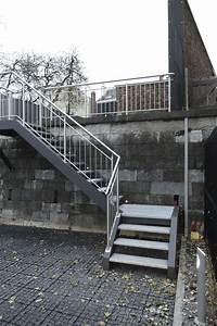 Escalier Exterieur Metal : 80 best outdoor staircase images on pinterest ~ Voncanada.com Idées de Décoration