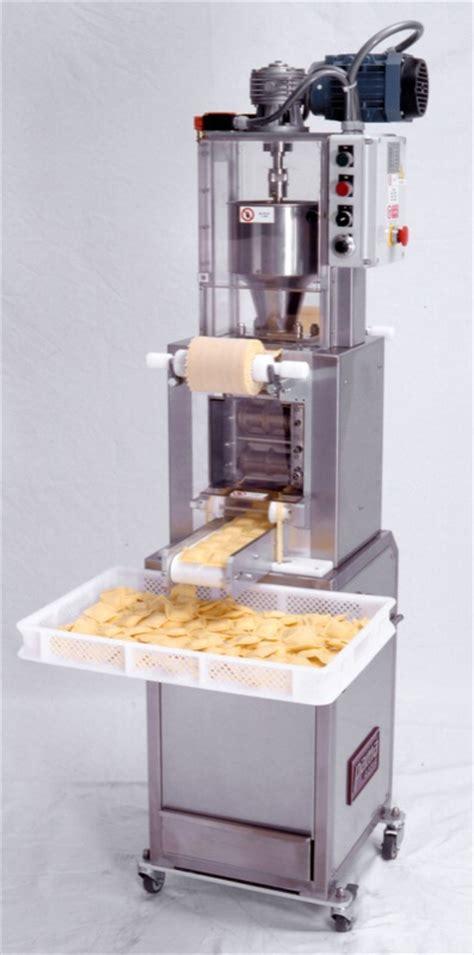 machine a ravioli gt gt ravioli pasta machines ravioli pasta makers