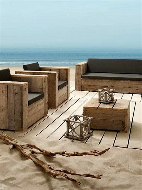fabrication canapé palette bois le fauteuil en palette est le favori incontesté pour la