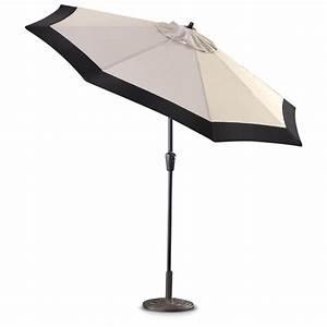CASTLECREEK 9' Two-Tone Deluxe Market Patio Umbrella